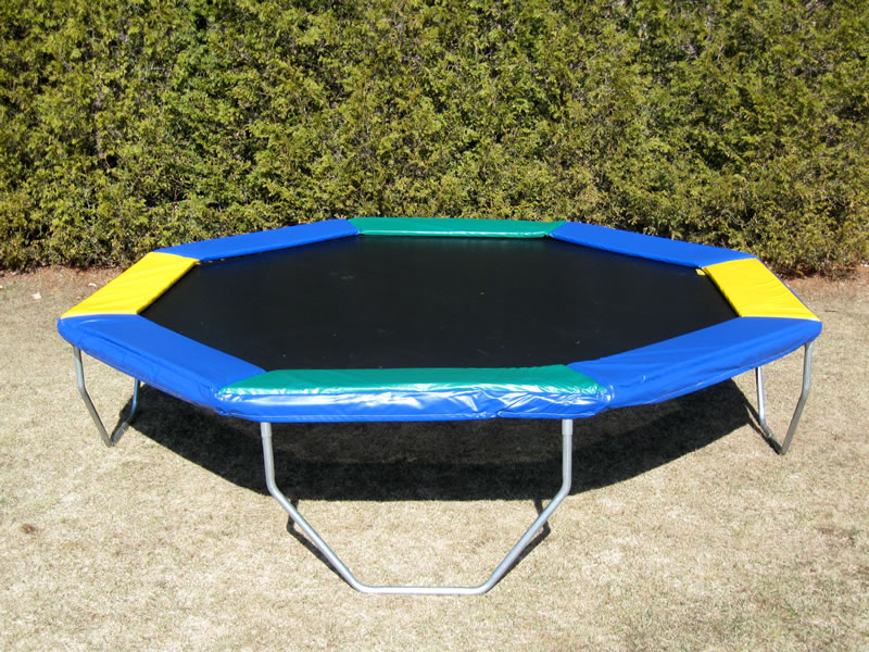 Alternatives for moderate spring free trampoline